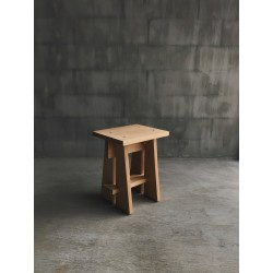 Taku Stool, merk Wof Wooden