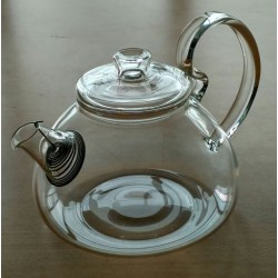 SUJI Medi Teapot 750ml with Stainless Steel Strainer